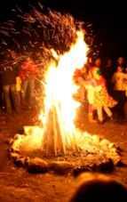 Sfântul Dumitru – de ce se face Focul lui Sânmedru și ce rugăciune se spune