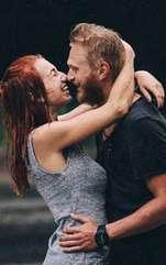 Îți dorești ca persoana de care te simți atras/ă să se îndrăgostească de tine? Iată cea mai simplă soluție. Psihologul Arthur Aron crede în dragoste