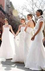 Rochii de mireasă elegante sau excentrice, senzuale sau rafinate, descoperă ce model se potrivește zodiei tale. Rochia de mireasă este cea mai importantă
