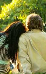 Te confrunți cu probleme la capitolul sentimental? Profită de energia pozitivă care are puterea de a aduce în viața ta dragoste și te ferește de singurătate