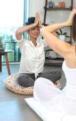 Te poți folosi de câteva trucuri mindfulness care te vor ajuta să apreciezi fiecare clipă. Bucură-te de prezent, respectând trecutul și pregătind viitorul