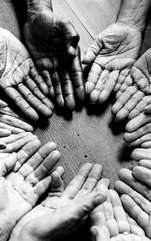 Linia sănătății sau linia ficatului (hepatică) trece pe diagonala întregii palme și pornește din interiorul liniei vieții, îndreptându-se spre capacul