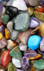 Unele pietre semipreţioase ori prețioase au darul de a-ţi conferi o stare de armonie, anihilând energiile negative. Resursele interioare de energie ale