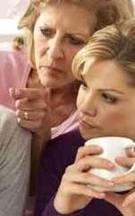 Cum să te comporți cu soacra? Într-un conflict, soacra se observă pe ea în caracterul nurorii și va încerca să lupte. Așa cum bărbatul își va vedea