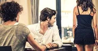 De ce bărbații se uită la alte femei chiar dacă sunt într-o relație