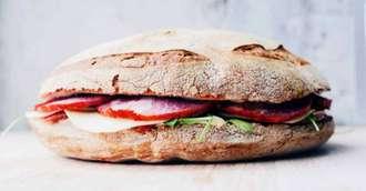 Trucuri neștiute despre mezelul de casă pentru sandwich-uri excepționale