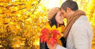 Ce culori să porți în luna octombrie, pentru a atrage dragostea adevărată
