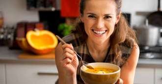 Detoxifierea de toamnă: 7 alimente pe care ar fi bine să le consumăm până la venirea iernii