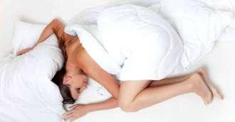 Pat sau canapea în dormitor? Şi cum să le aşezăm pentru a avea spor și fericire