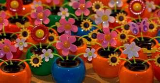 Flori artificiale în casă – de ținut sau de aruncat plantele de plastic?