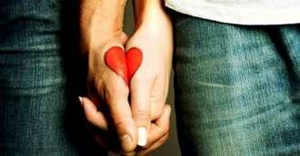 Te ține de mână sau de mijloc? Ce spune limbajul trupului despre viitorul împreună