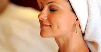 Tratamente faciale- cum sa-ti faci singura un masaj facial anti - aging
