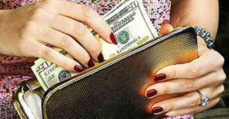 Feng shui pentru bani: Ce trebuie să știi despre portofel