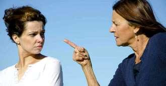 Sfaturi utile pentru a identifica și a remedia o relație toxică cu mama