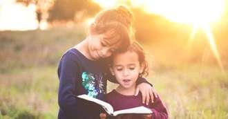 Rugăciuni pentru copii. Învață-ți copilul aceste rugăciuni și lasă-l să aleagă dacă vrea să le spună