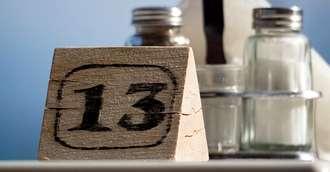 Între mit și realitate: este sau nu marți 13 o zi nefastă cu 3 ceasuri rele?
