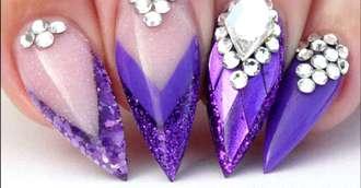 Ce modele de unghii și culori să alegi pentru Revelion